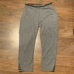 Prana Tori capri leggings sz M grey yoga gym
